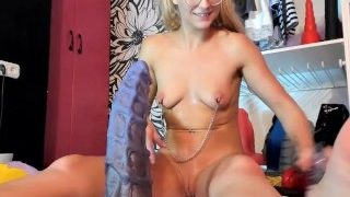Siswet Stretches her Butt with Extreme Seahorse Dildo