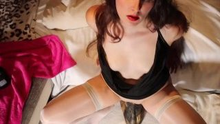 NiciXdream is riding her biggest dildo, she is jumping up and down with full weight