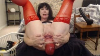 DirtyGardenGirl and her Big Anal Prolapse camshow recording